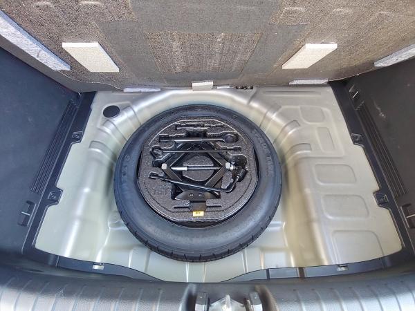 Kia Stonic Silver 1,2 MPi  62kW